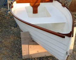 I built this dinghy with me bare hands!